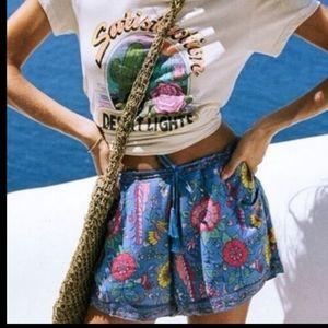 Sandpiper Gypsy Shorts Lovebird